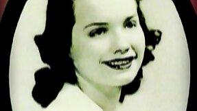 Bettie Page - subjugation