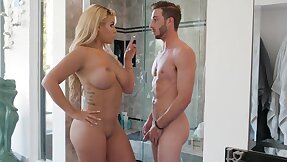 After Friction, The Blonde Mother Went To The Shower With an increment of Fucked A Jock - Lucas Frost With an increment of Bridgette B